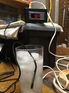 Testing the cooling cut-off with a glass of iced water